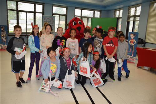 Reading is Rewarding for Denton Avenue Students