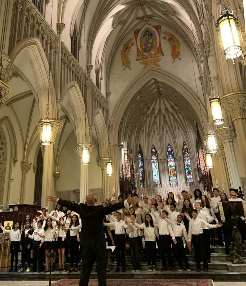 HMS Chamber Choir performs with world renowned composer