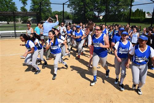 Herricks Middle School Celebrates New Fields